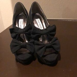 Steven Madden heels with cute bow